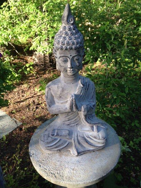 thai buddha garden statue at Hidden Valley B&B