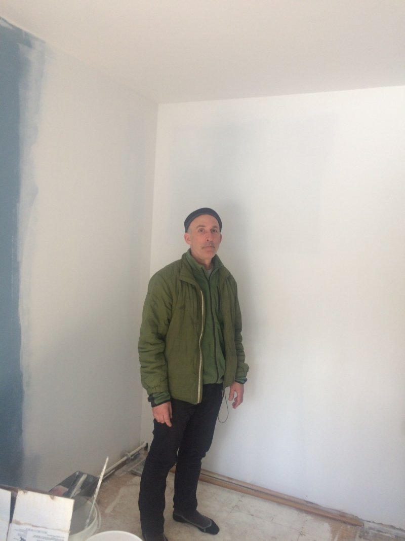 Renovations of the Blue room - painting the walls